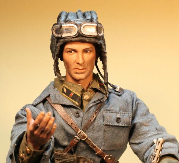 Кожаный шлем капитана образца 1934 года я сделал на основе Драгоновского матерчатого шлема танкиста РККА. .